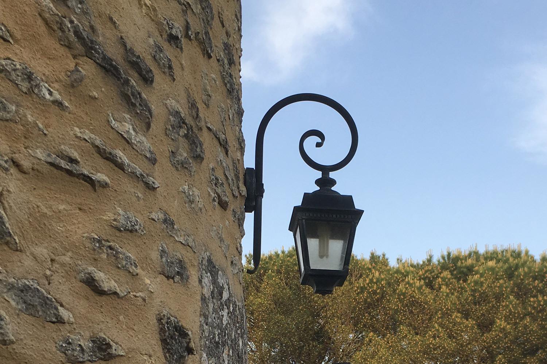 la-tour-outdoor-light-antique.jpg