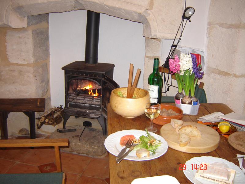 Tower-kitchen-in-winter-2006.jpg