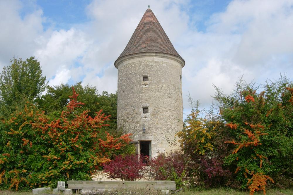autumn-tower-la-tour.jpg