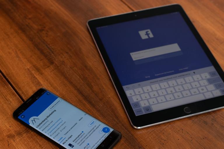 Social media - Advies en hulp bij het opzetten en verbeteren van uw social media. Het creëren en onderhouden van alle socials en advies en/of hulp bij creatie van content. Ook kan ik het onderhouden van de socials uit handen nemen. Lees meer…