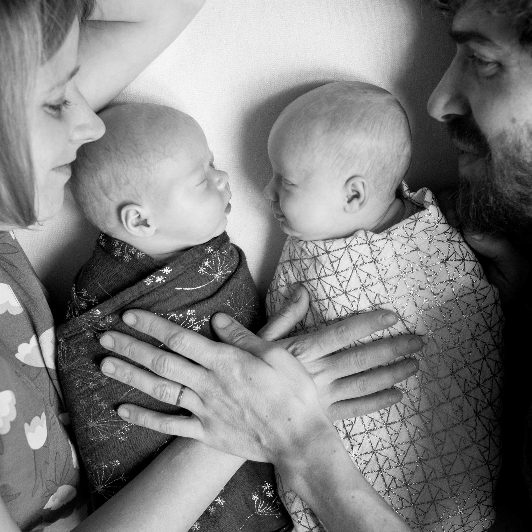 Ines-Aramburo-newborn-paris-lifestyle-photo-session-nouveau-ne-seance-photographe-52.jpg