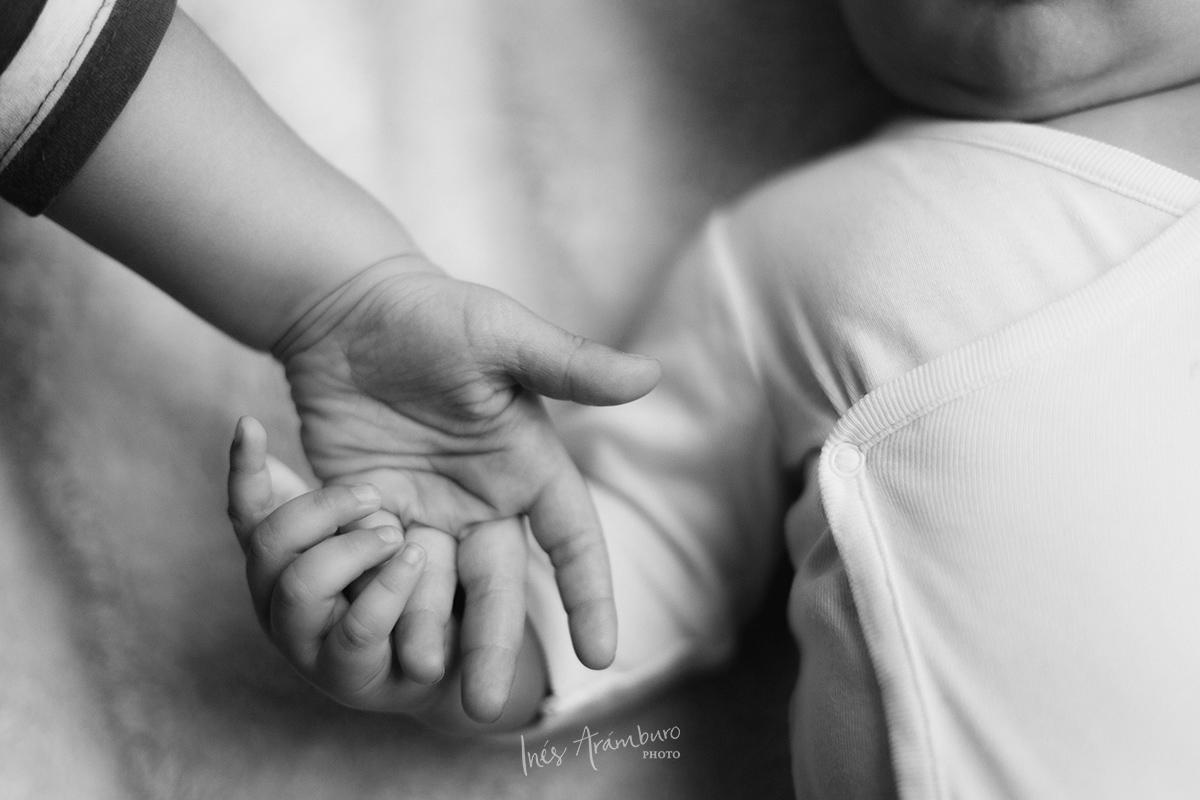 Ines-Aramburo-photographe-famille-paris-saint-ouen-10.jpg
