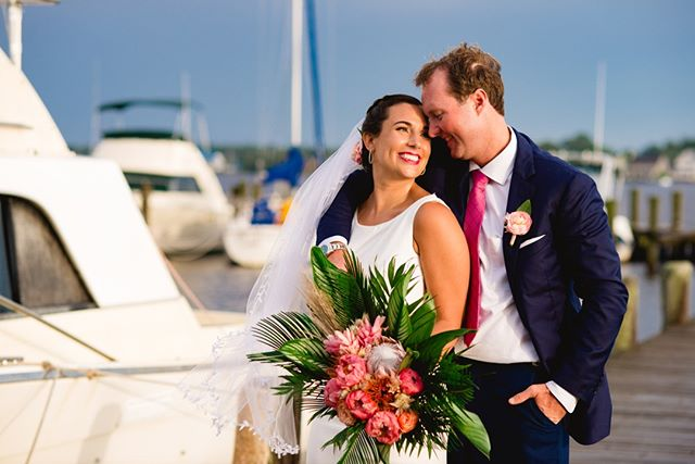When the bride arrives on a yacht! @michellekayphoto⠀⠀⠀⠀⠀⠀⠀⠀⠀ •⠀⠀⠀⠀⠀⠀⠀⠀⠀ •⠀⠀⠀⠀⠀⠀⠀⠀⠀ •⠀⠀⠀⠀⠀⠀⠀⠀⠀ •⠀⠀⠀⠀⠀⠀⠀⠀⠀ •⠀⠀⠀⠀⠀⠀⠀⠀⠀ @sperrytents #waterfrontwedding #bohobride #modernwedding # #weddingideas #modernbride #bohowedding #happilyeverafter #stylemepretty #bridetobe #bettertogether #weddingflowers #bridalbouquet #weddinginspiration #theknot #ido