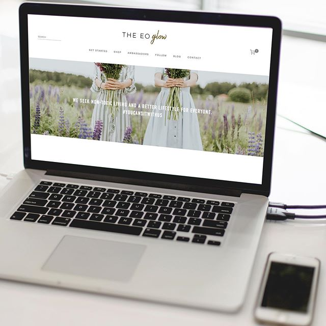 I'm celebrating because it's LAUNCH DAY!! Congrats to @thedailyarden on the launch of her website for her essential oil community, @theeoglow! 🌟 Working with her was so much fun, and I am so grateful that she trusted me to create her new website and store. Arden has an amazing team with a mission of help thousands of people to find a new way of life and start their essential oil journey. 🌟 Check out her new website at www.theEOglow.com 🌟 We used my new Lauren template for her website. Tag a friend that would love to have an AMAZING website for their essential oil community and needs this template & head to the link in my bio to shop the look!