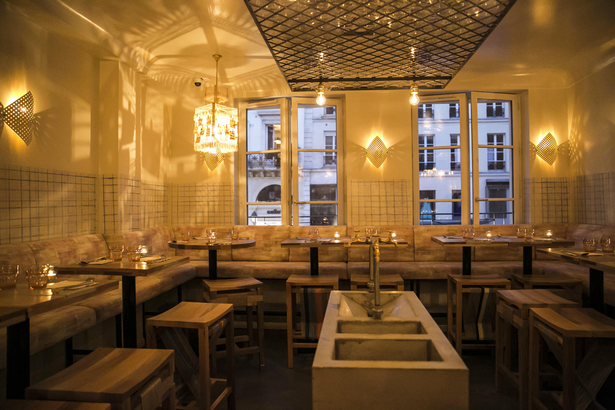 Hero Opening - 2015 After much anticipation, we head into a new arrondissement, the 2nd. Located between the Marais and Pigalle, Hero becomes the bridge between the chic Marais and SoPi.