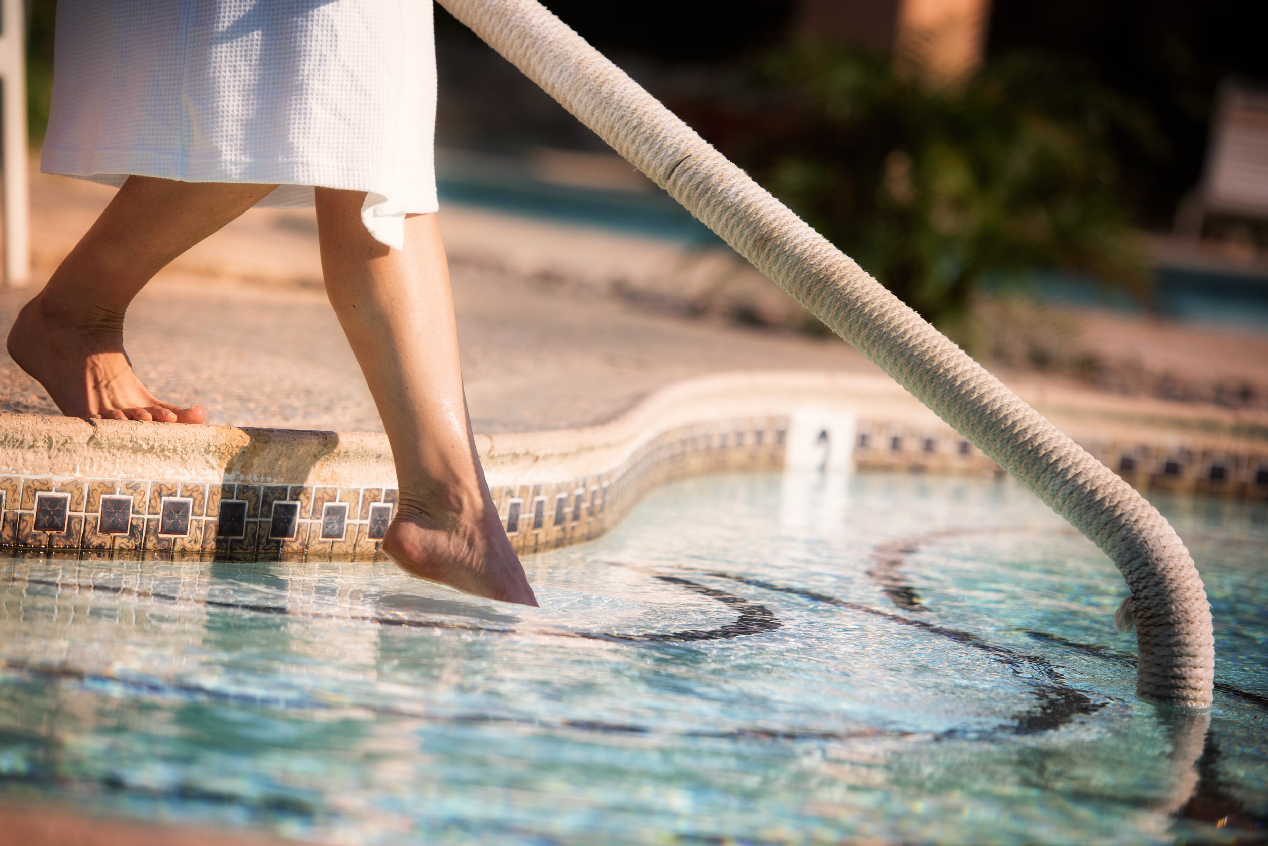 THE SPA METHOD - Make the Sky Valley Spa Method a part of your daily routine. Start with a 15-minute detoxifying dip in our 104-degree tub, then relax in a warm pool or sauna for an additional 30 minutes. Finally, cool down with a massaging shower for 5 minutes.