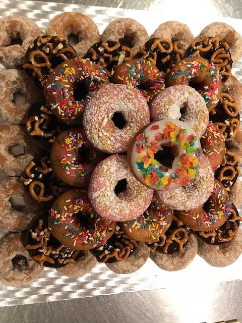 Donut Cake1.jpg