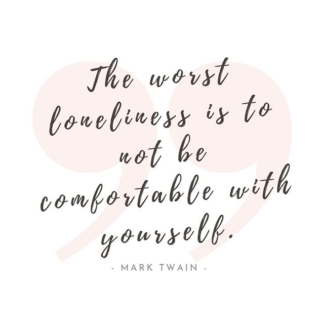 Getting comfortable with yourself takes practice, a lot of practice. Keep showing up, it'll be worth it.  . A reminder to myself. 💛💛💛 . #healthylifestyle #igyoga #igyogafam #igyogacommunity #myyogajourney #myyogalife #perfectlyimperfect #practiceandalliscoming #practicedaily #practicemakesprogress #practiceyoga #selflove #spreadtheyogalove