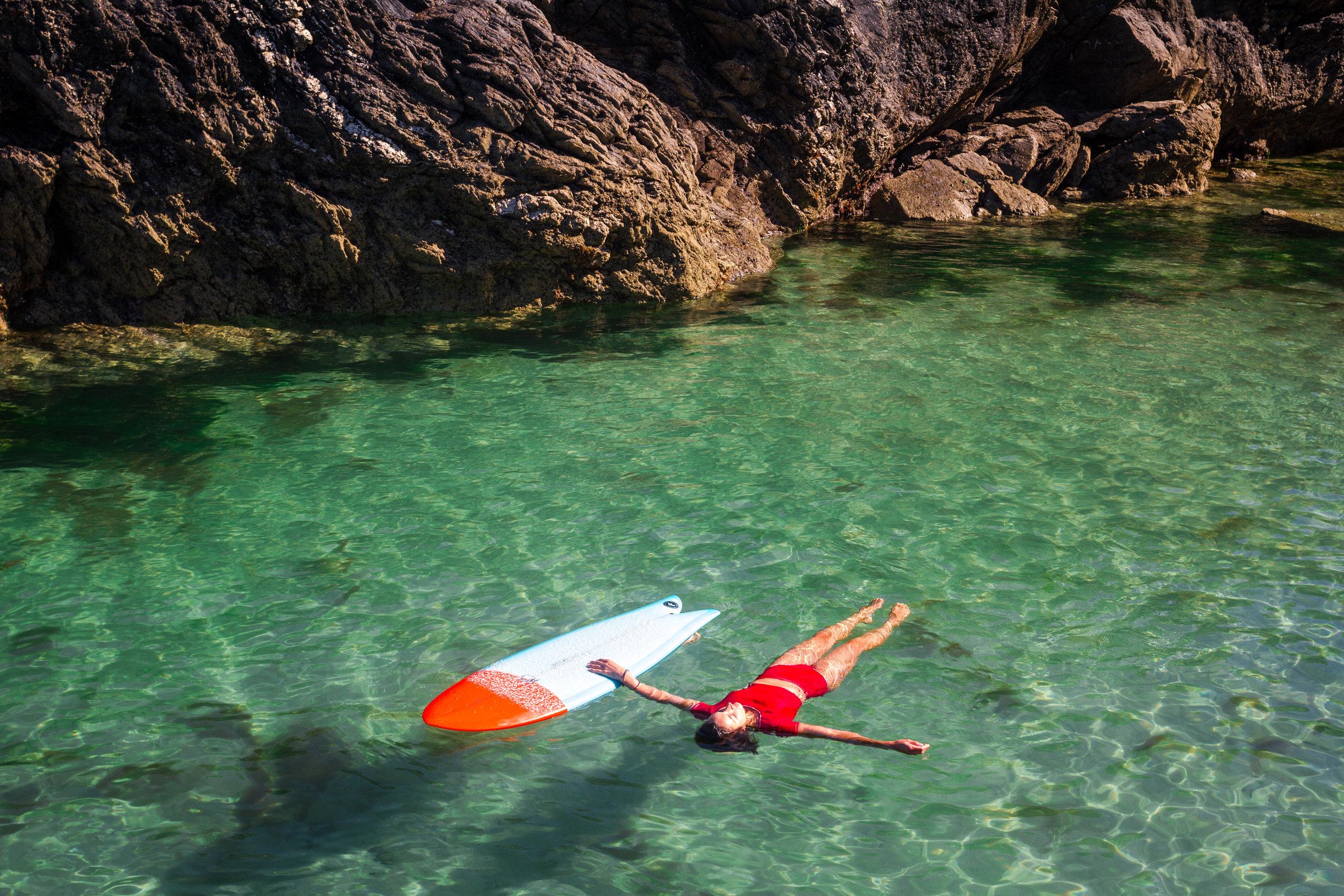 - Email: e.fraser-bell@hotmail.comInstagram: emmafraserbellFacebook: For She The Sea