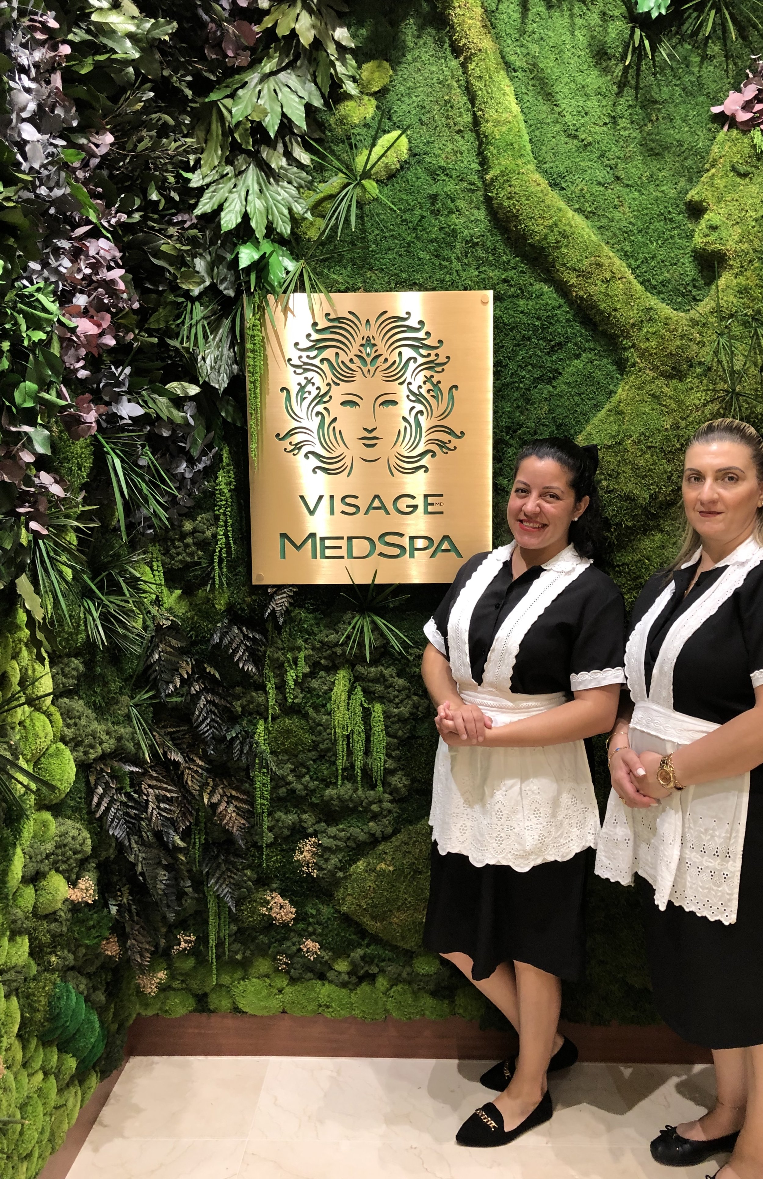 The Visage Clinic team. These two lovely ladies take your order upon arrival from a delicious menu of teas and coffee drinks.
