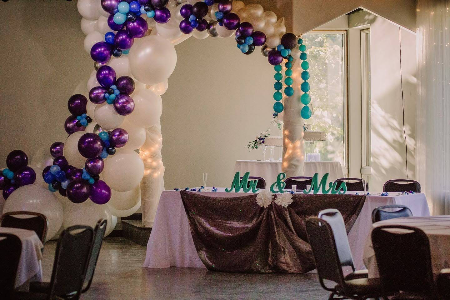 Organic Balloon Garland for Wedding