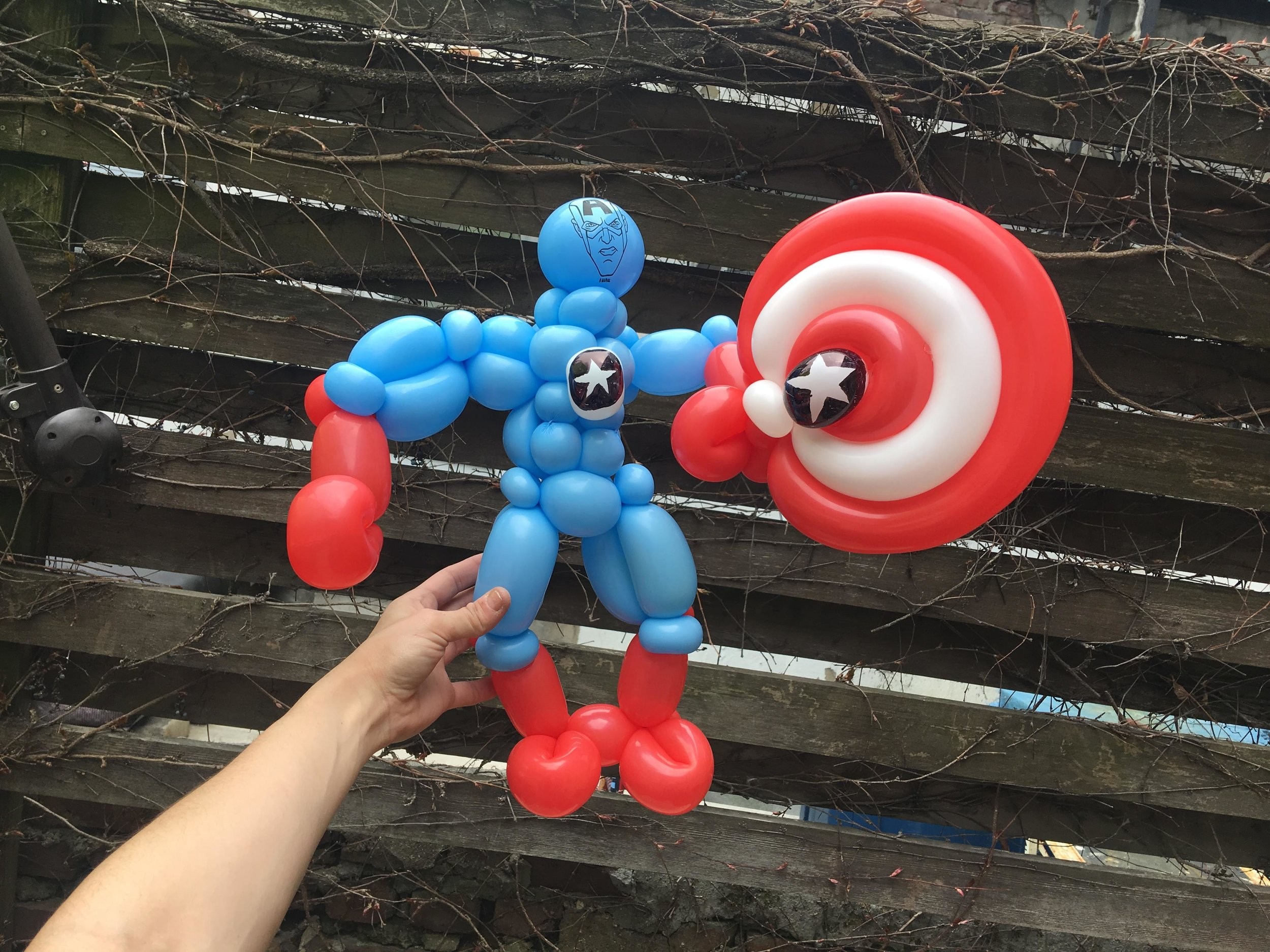 Figure Captain America 1.0.jpg