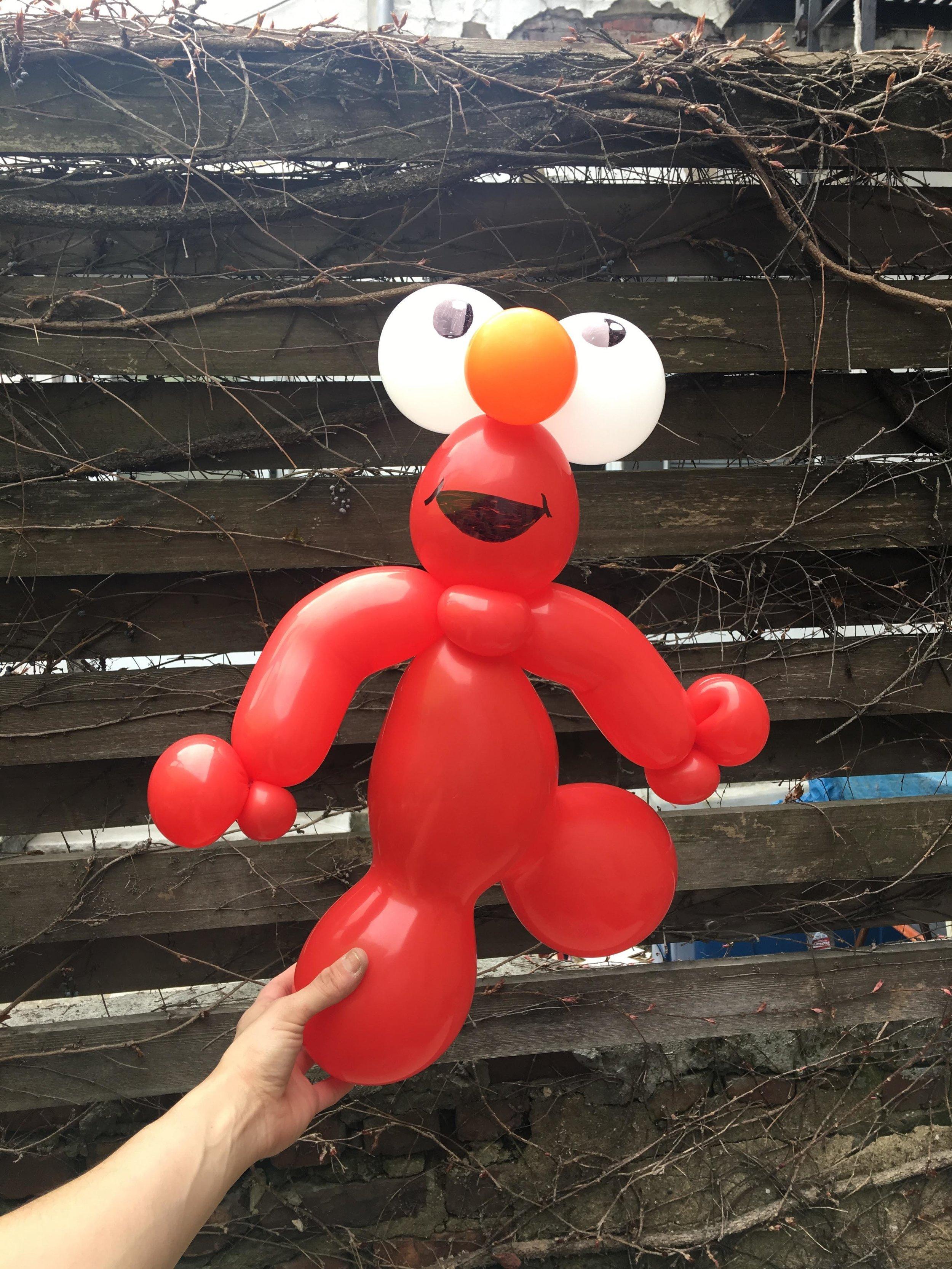 Figure Elmo 1.0.jpg