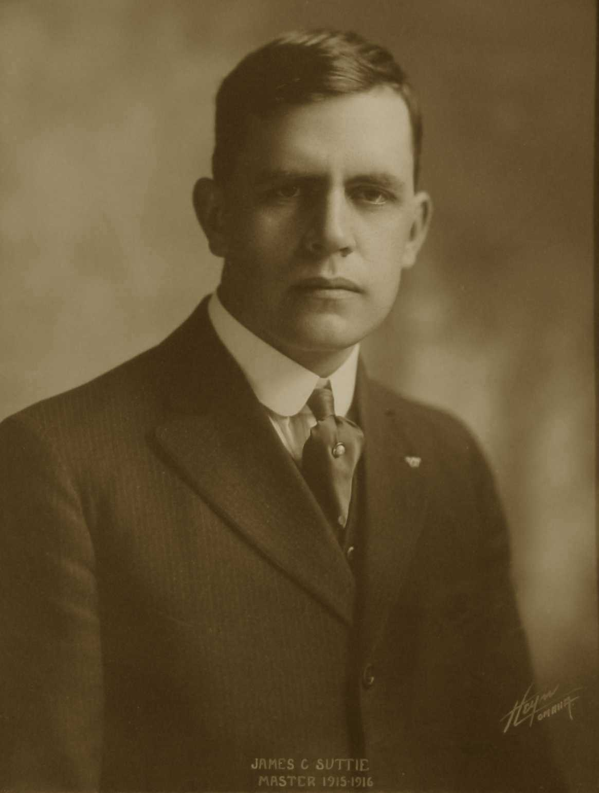 James C. Suttie, 1915-1916