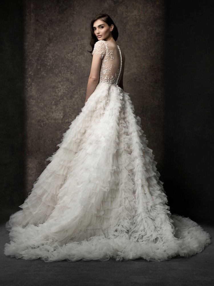 Spring 2019 Collection - Enaura's Spring 2019 collection is one of the most beautiful we have ever seen! Please join us for what promises to be an incredible Trunk Show! Appointments required.