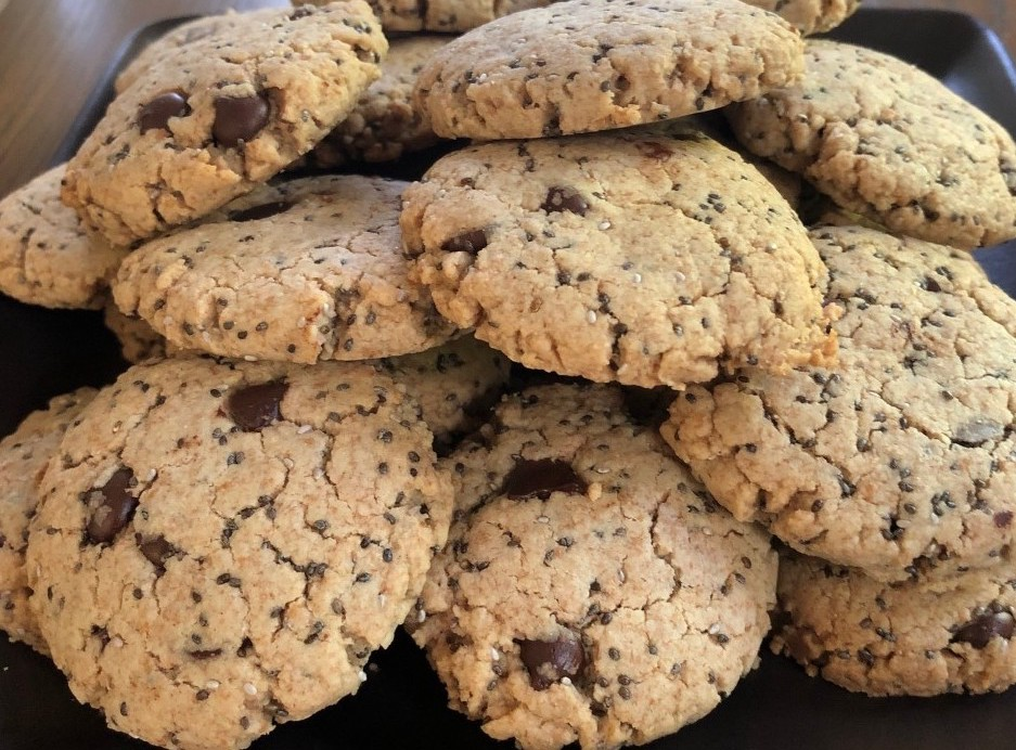 Cashew Butter Chocolate Chip Cookies with Chia Seeds