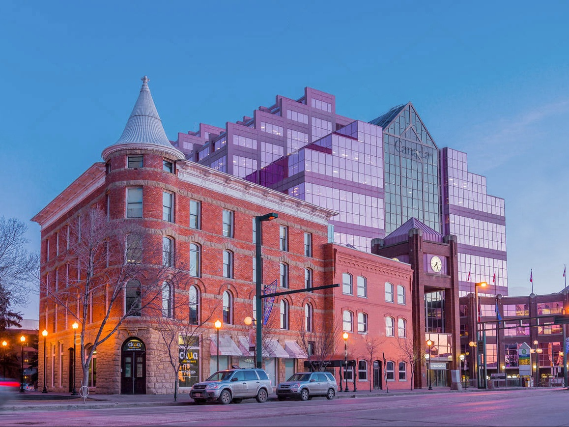 Alberta Hotel -