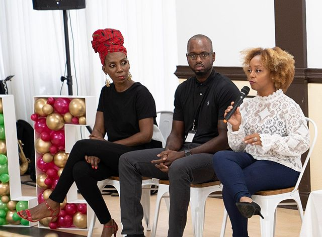 """Some captured moments of the """"Boss Mom Panel"""" with these beautiful women at the 6th Annual StyleLuxe Beauty & Fashion Expo Thank you so much for giving your words of encouragement, the takeaway's that are attendees received were valuable information that they are able to apply to their lives! You ladies were amazing! ____________________ Follow these amazing women on their platforms 🌺 @styleamom  @petricethe_mua  @coachdaphnevalcin  @hellomomtribe  @iamtanieka"""