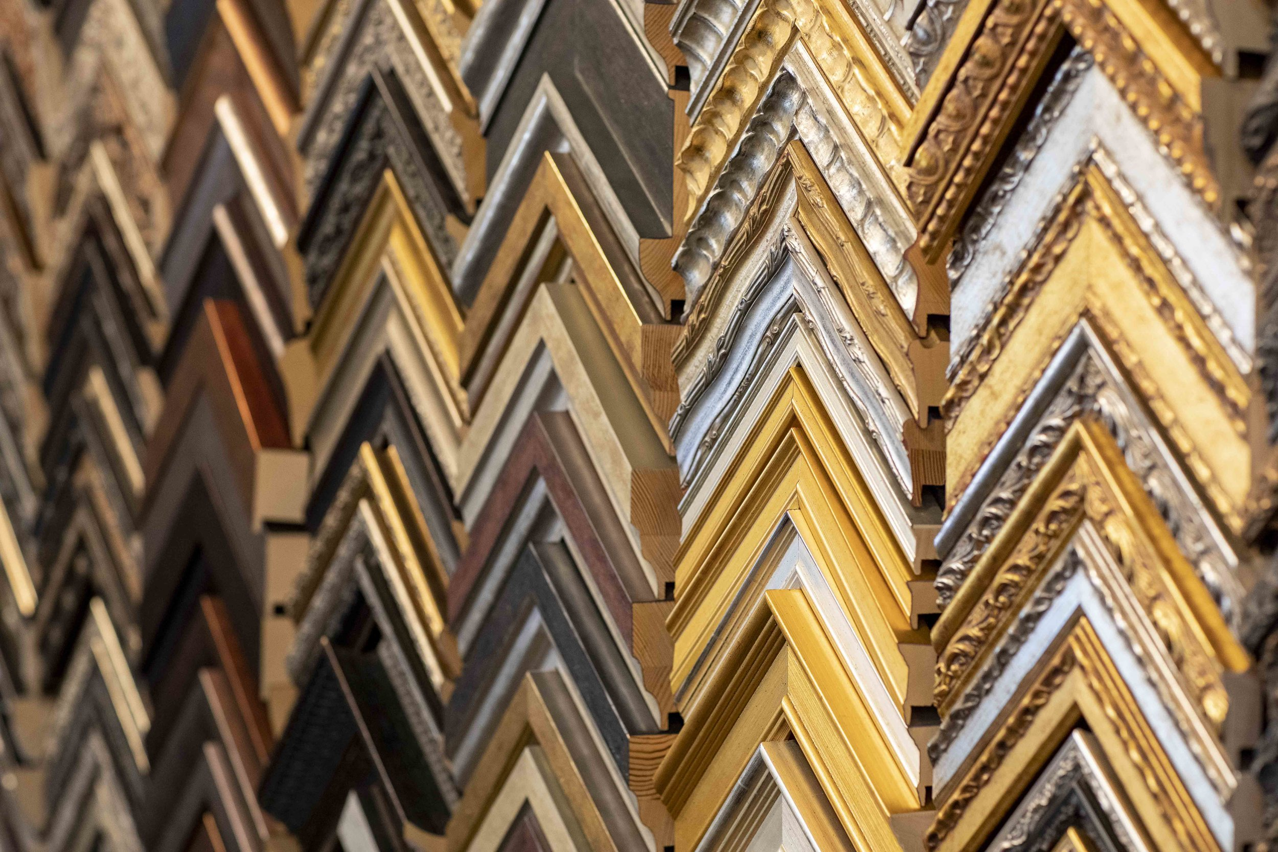 ornate frames shop pics small jpg.jpg