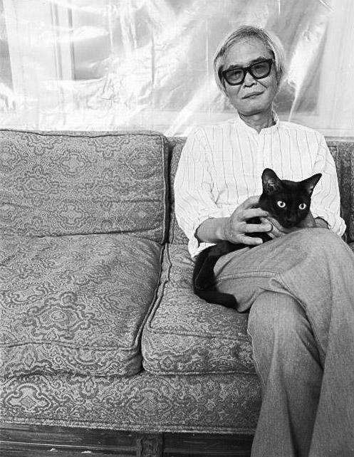 Kanemitsu in his Los Angeles studio, 1978.