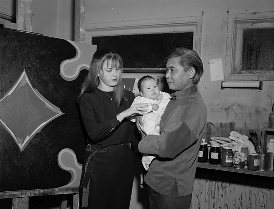 Kanemitsu and Carole Donovan with their daughter, Patia, in Silver Lake, 1965.