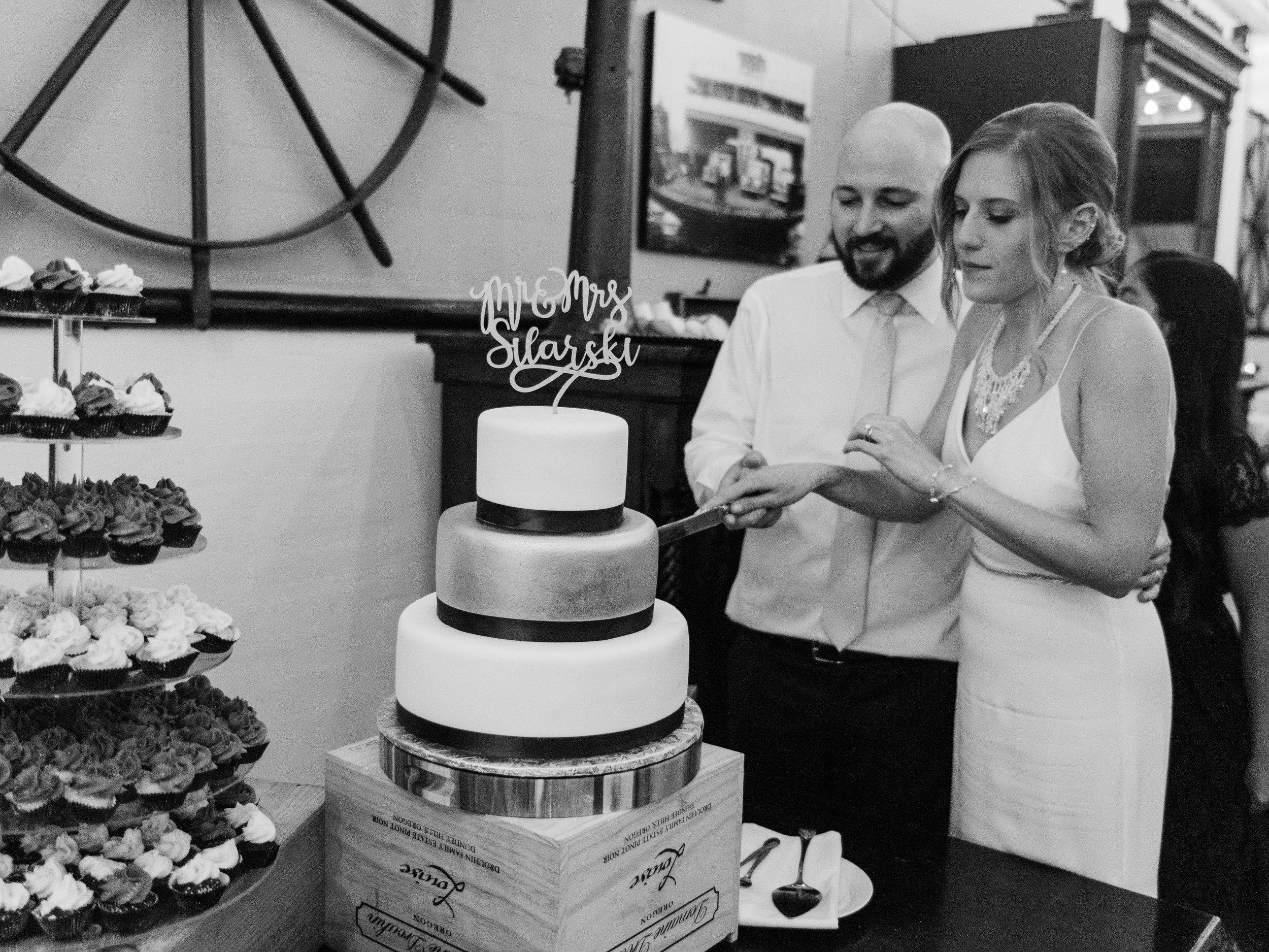 Seattle Wedding- MV Skansonia - Anna + Josh -  (2215).jpg