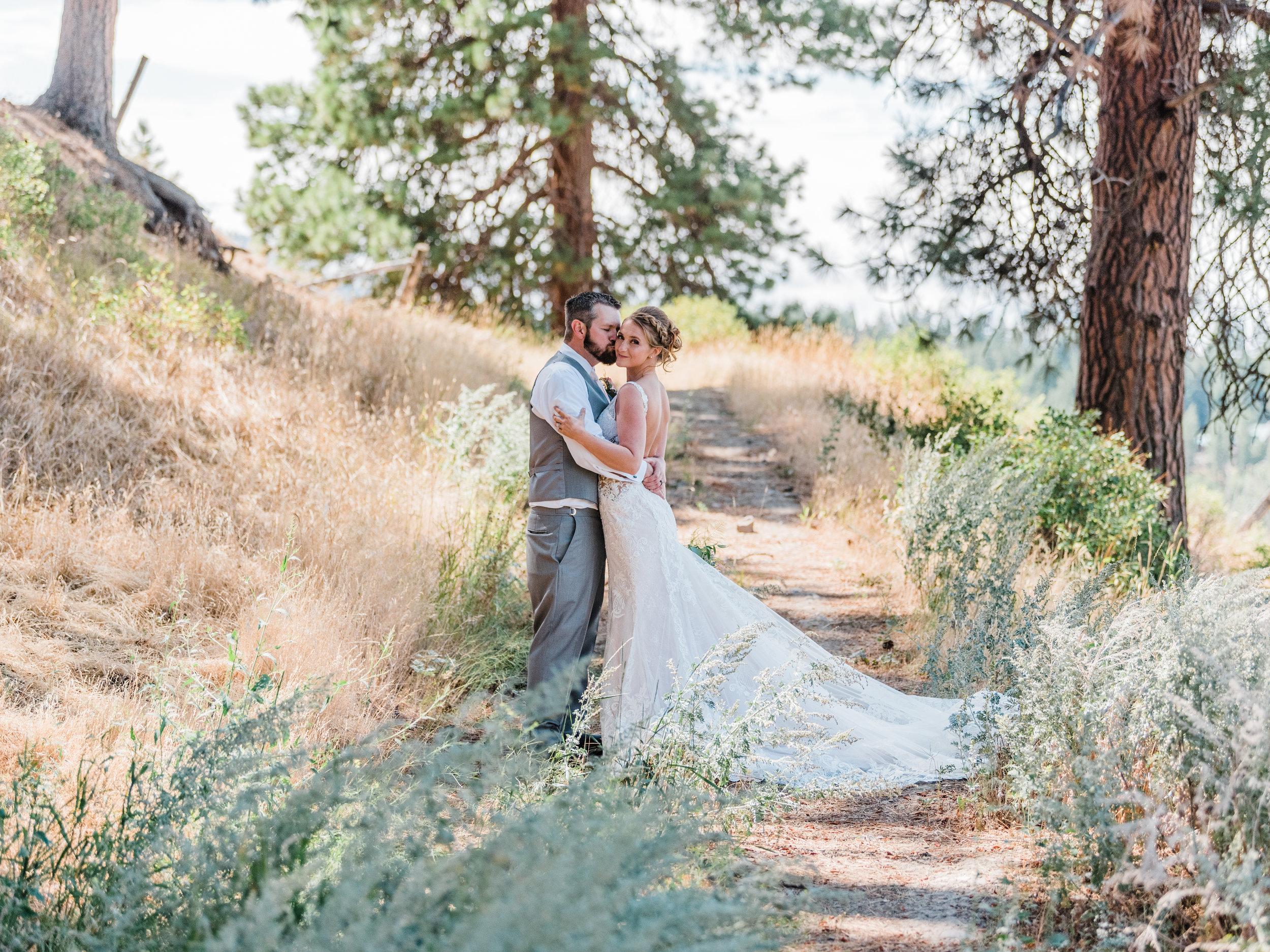 Cle Ellum Washington Wedding - Tyra and Tom-  (217).jpg