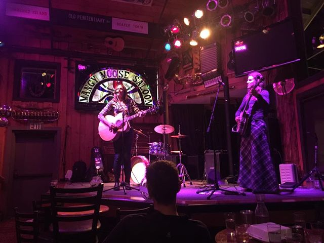 Ted said Ed said @mangymoosesaloonjh featuring @willowstarmusic @rockpaperbanjo . . . #mangymoose #womenwhorock #jacksonholelivemusic #jacksonwy #jhdreaming #jhliving #singersongwriter #wyomingbanjo