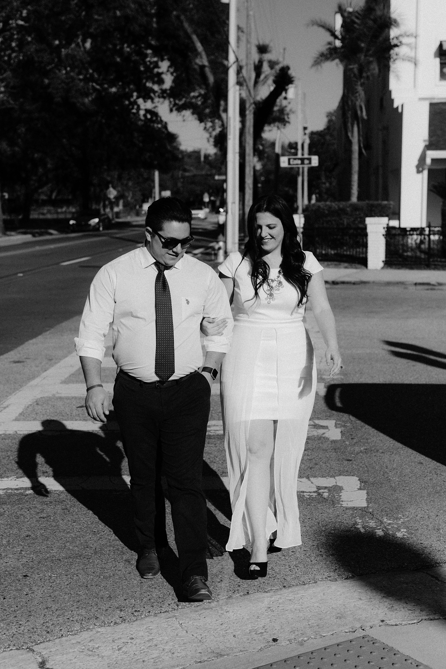 Bibi-And-Josh-Lake-Eola-Engagement_0016.jpg