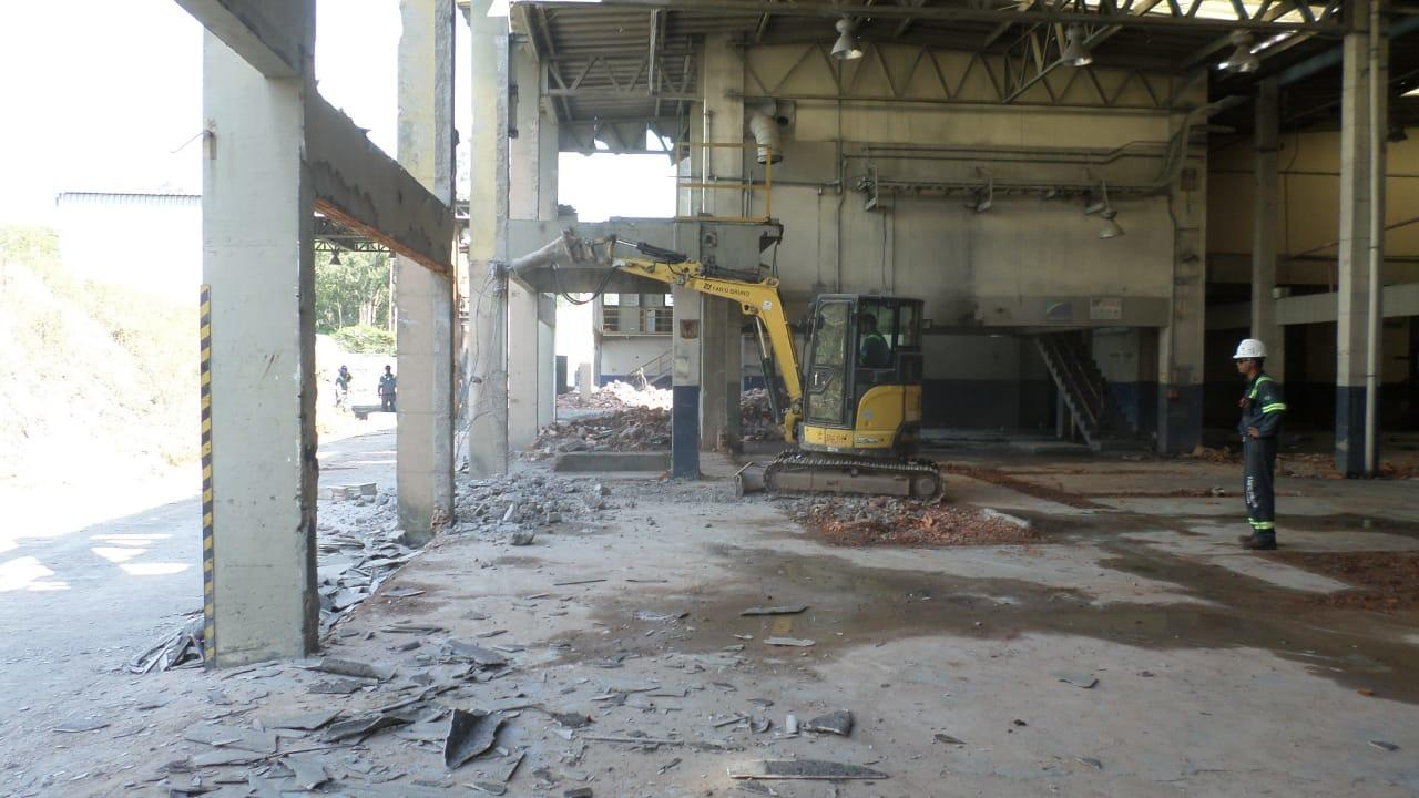 FBUSA - Petrochemical Plant Demoltion - 6.jpeg