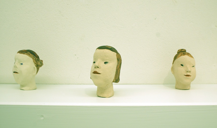 tappade flickor  keramik