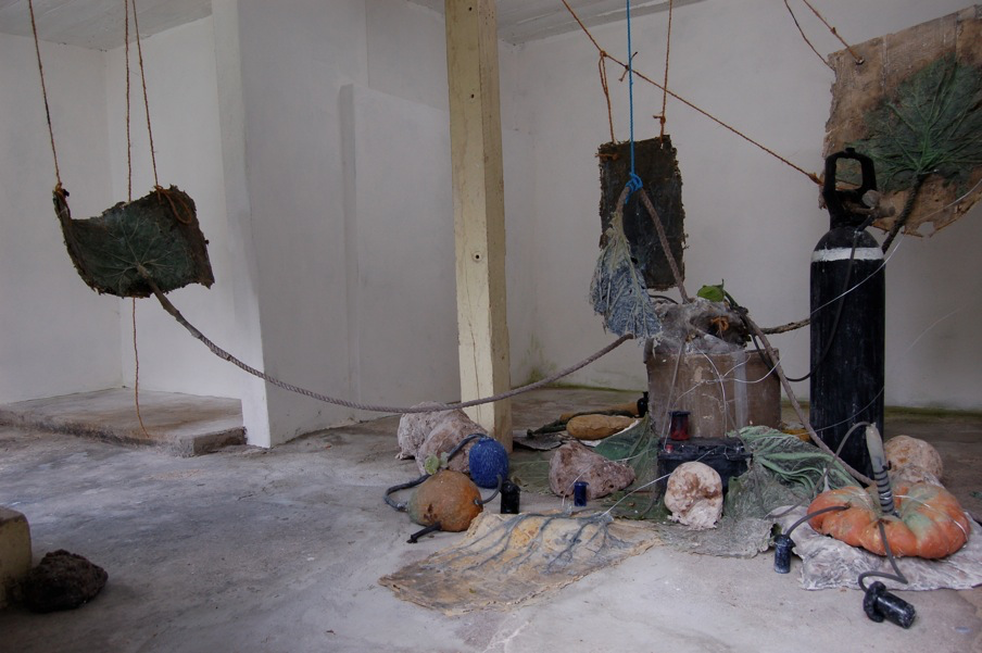Roland Perssons installation We dont need the nature visades under hela sommaren 2011.