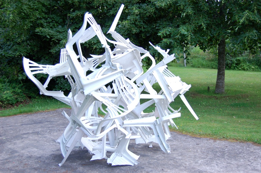 The day after tomorrow  Material: Plastic furniture Dimensions: 200x200x200 cm