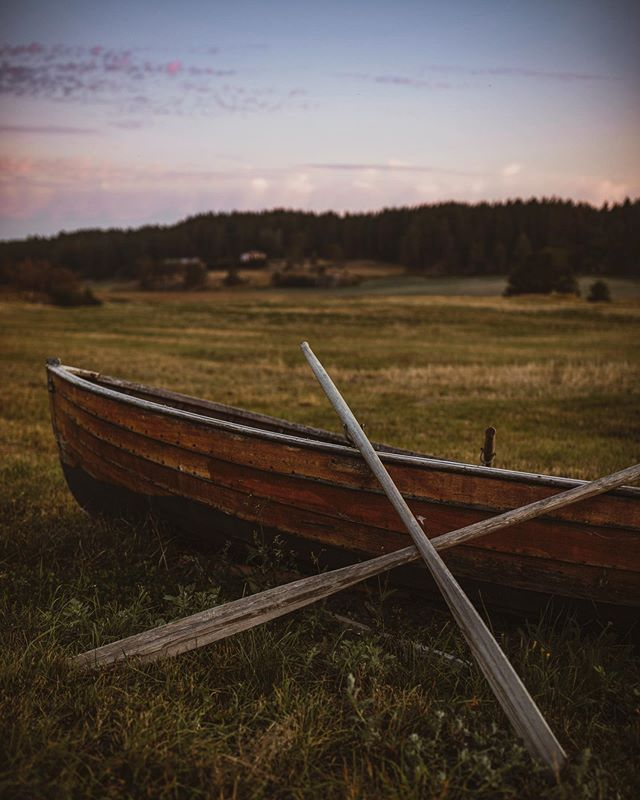 🛶 #letsgosomewhere #travelphotography #packandgo #travel #destinationearth #canon_photos #livefolk  #ig_worldphoto #instagram #liveauthentic  #teamcanon #chasinglight #canonsverige #getoutdoors #traveltheworld #vsco #roamtheplanet #travelstroke  #moodygrams #aov #artofvisual #canonbringit #knowledgecottonapparel