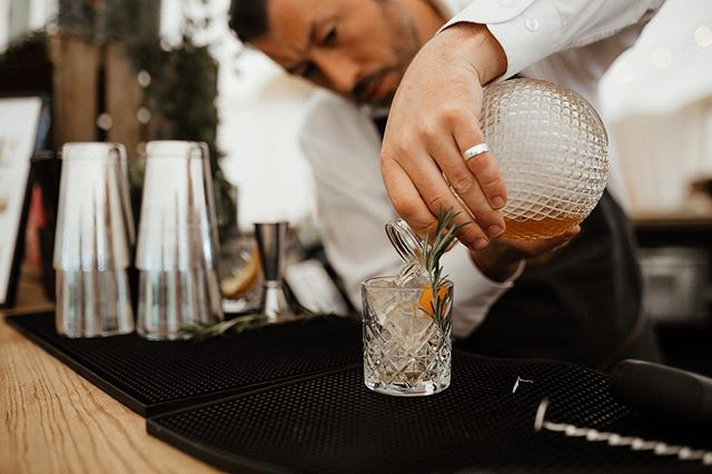 We've been a bit quiet on the grid this weekend, but what a weekend we've had! 4 Masterclasses, a private function and the @boutipi open weekend! 🍸  #cocktails #cocktailsofinstagram #bar #barhire #cocktailbar #wedding #yorkshire #mrandmrs #yorkshirebartender #espressomartinis #craftcocktails #liqpic #mixology #instadrink #drink #thirstywork #drinkstagram #wedmin #weddingplanning #henpartygoals