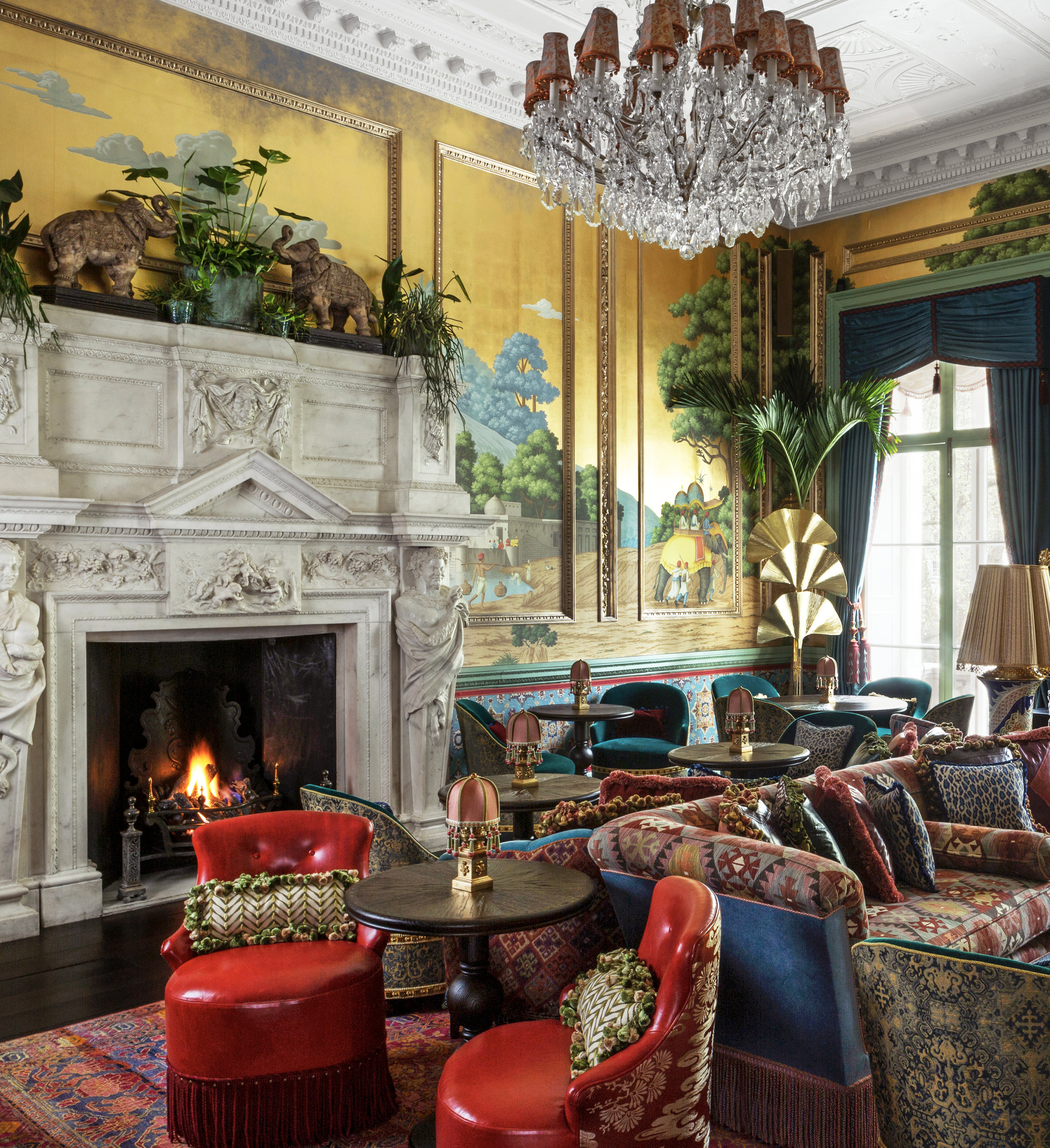 Early Views of India on Deep Rich Gold. Interior by Martin Brudnizki. Photo by James McDonald