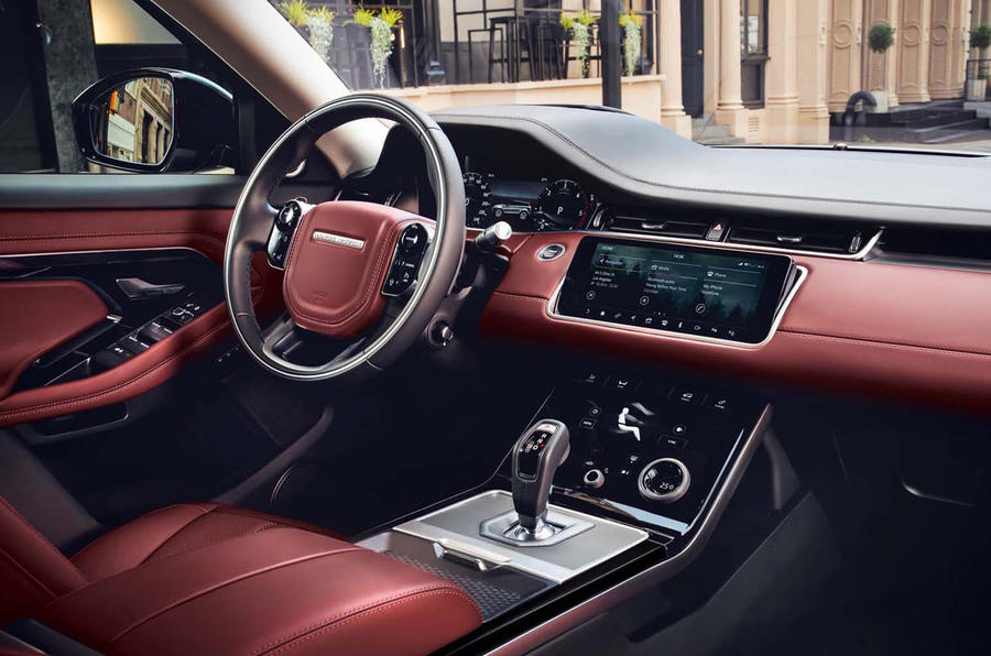6-range-rover-evoque-2019-reveal-onroad-interior.jpg