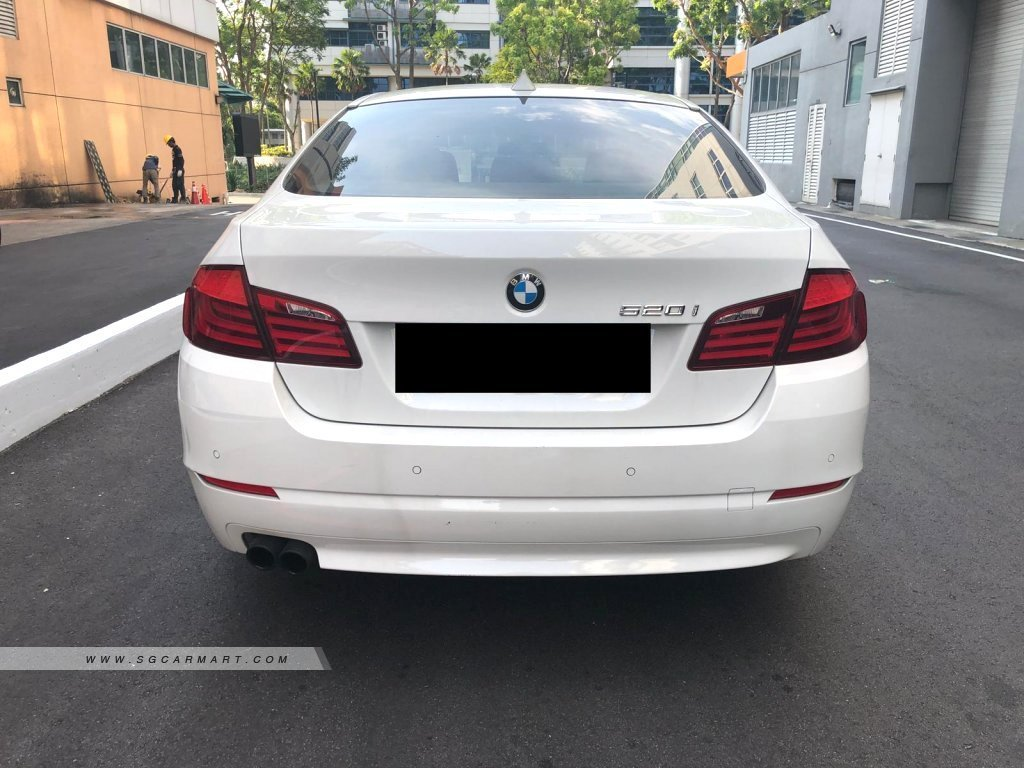 BMW 5 series f10 520i