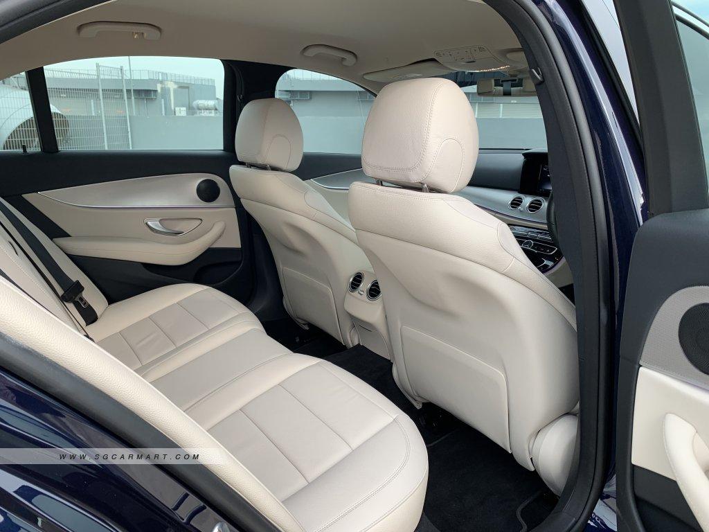 mercedes e class interior2.jpg