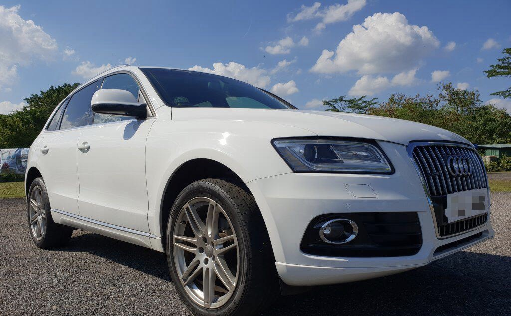 Audi Q5 wedding car