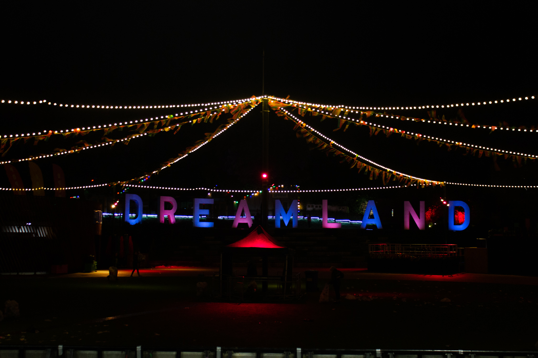 dreamland in brights lights
