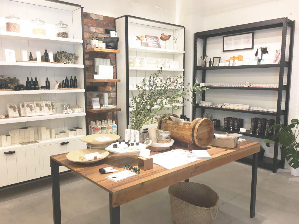 Shop info:  It's So Easy , 1F FROM-1ST,5-3-10,Minami-Aoyama, Minato-ku,Tokyo 107-0062 Japan