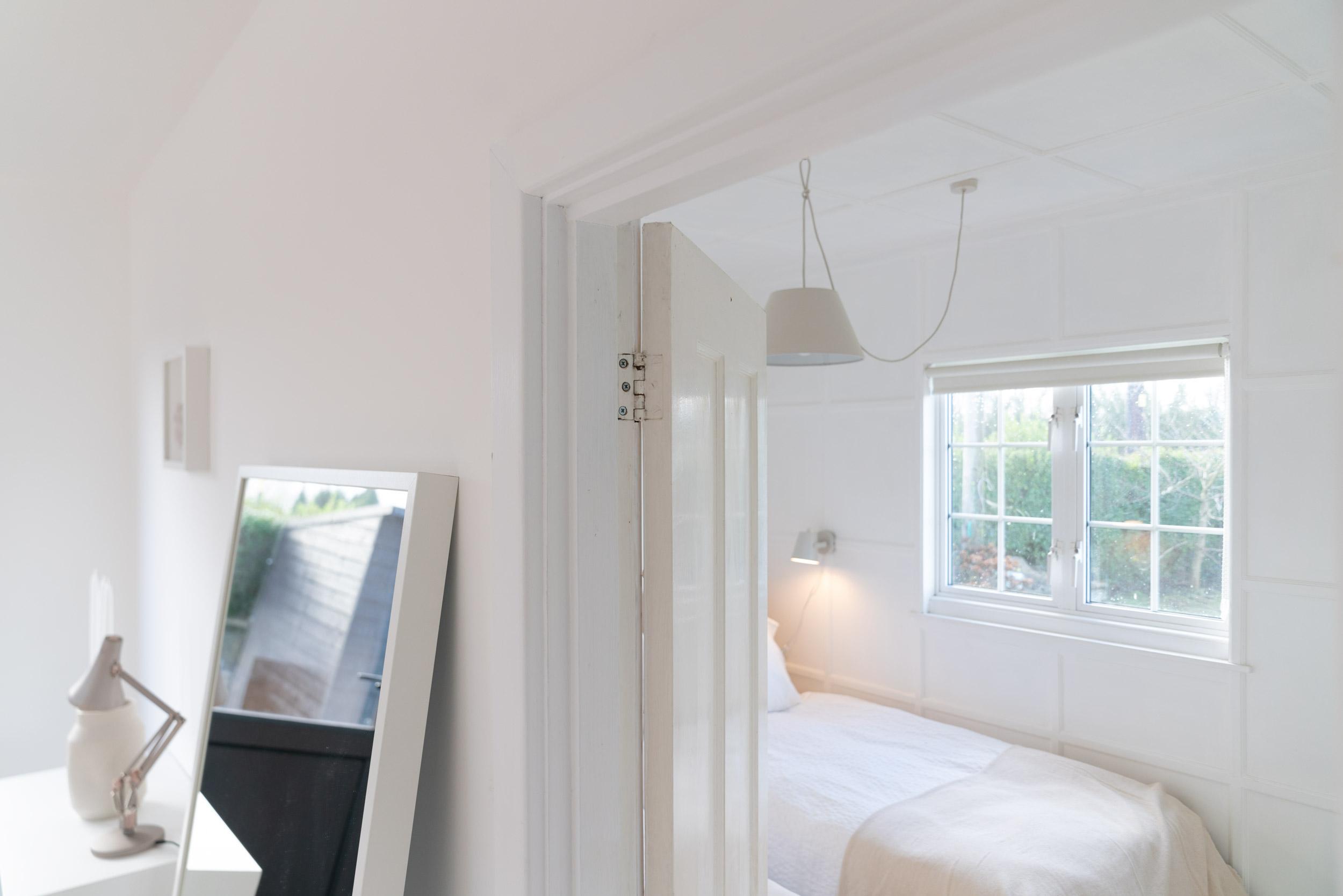 Nor-Folk-Stays-Norfolk-Cabin-Fiona-Burrage-Twin-Bedroom-Dining-Room.jpg