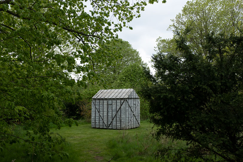 Houghton-Hall-Norfolk-Fiona-Burrage-Sculpture-Rachel-Whiteread-Houghton-Hut.jpg