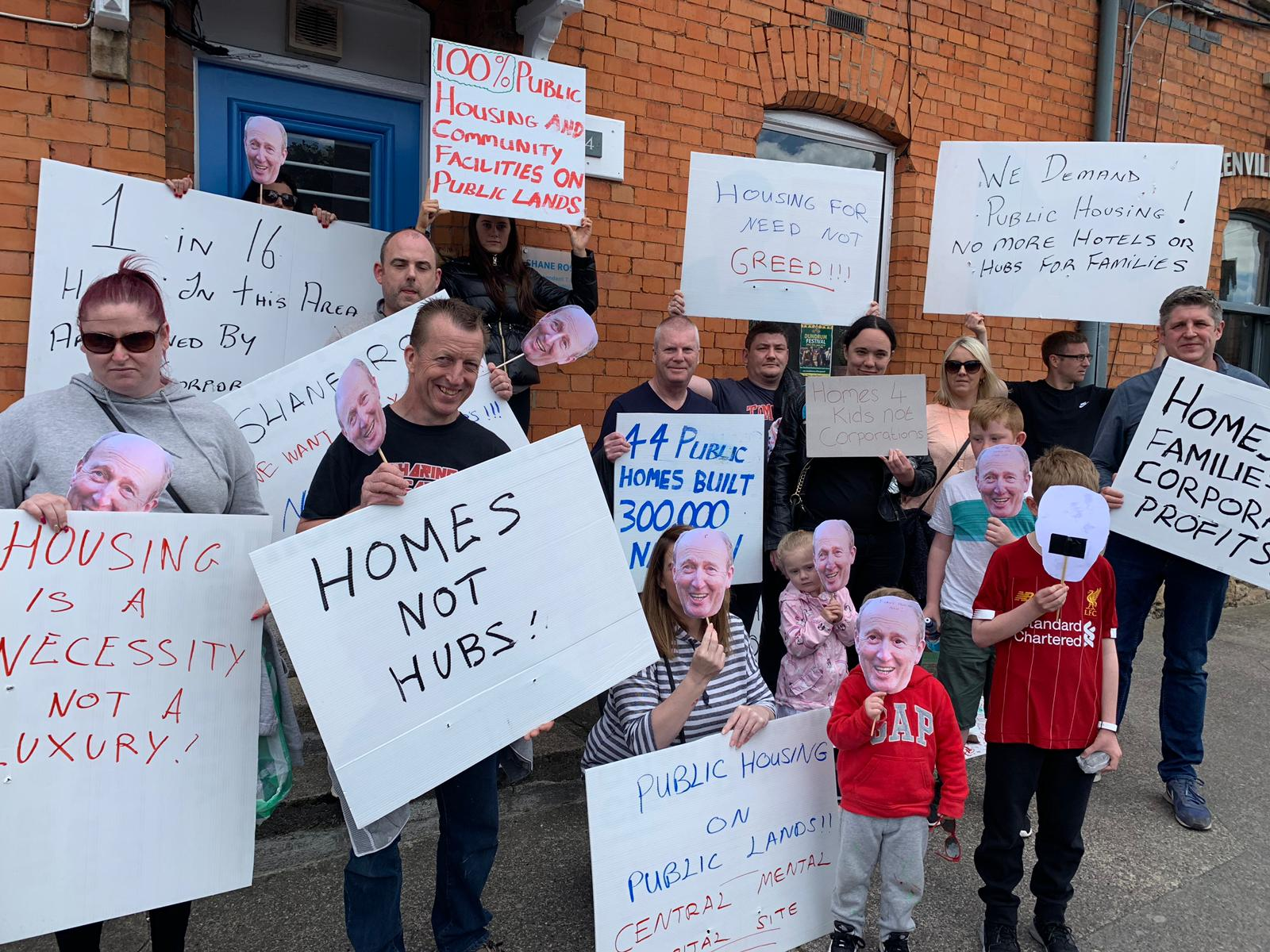 Éirígí housing protest outside the constituency office of Shane Ross, June 2019.