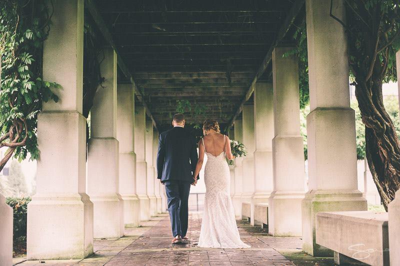 romantic cincinnati wedding day