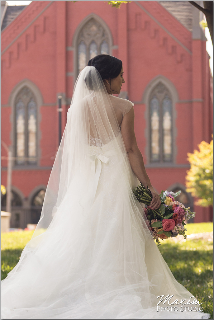 Cincinnati Wedding day with reception at The Transept