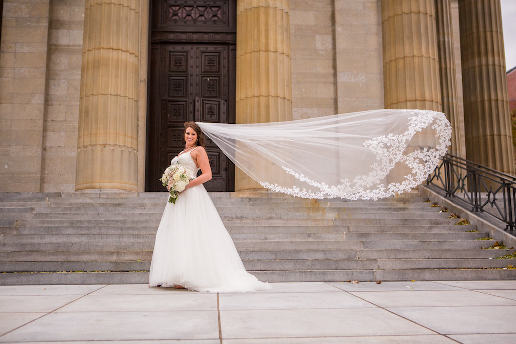 Downtown Cincinnati Wedding with blush and white palette.