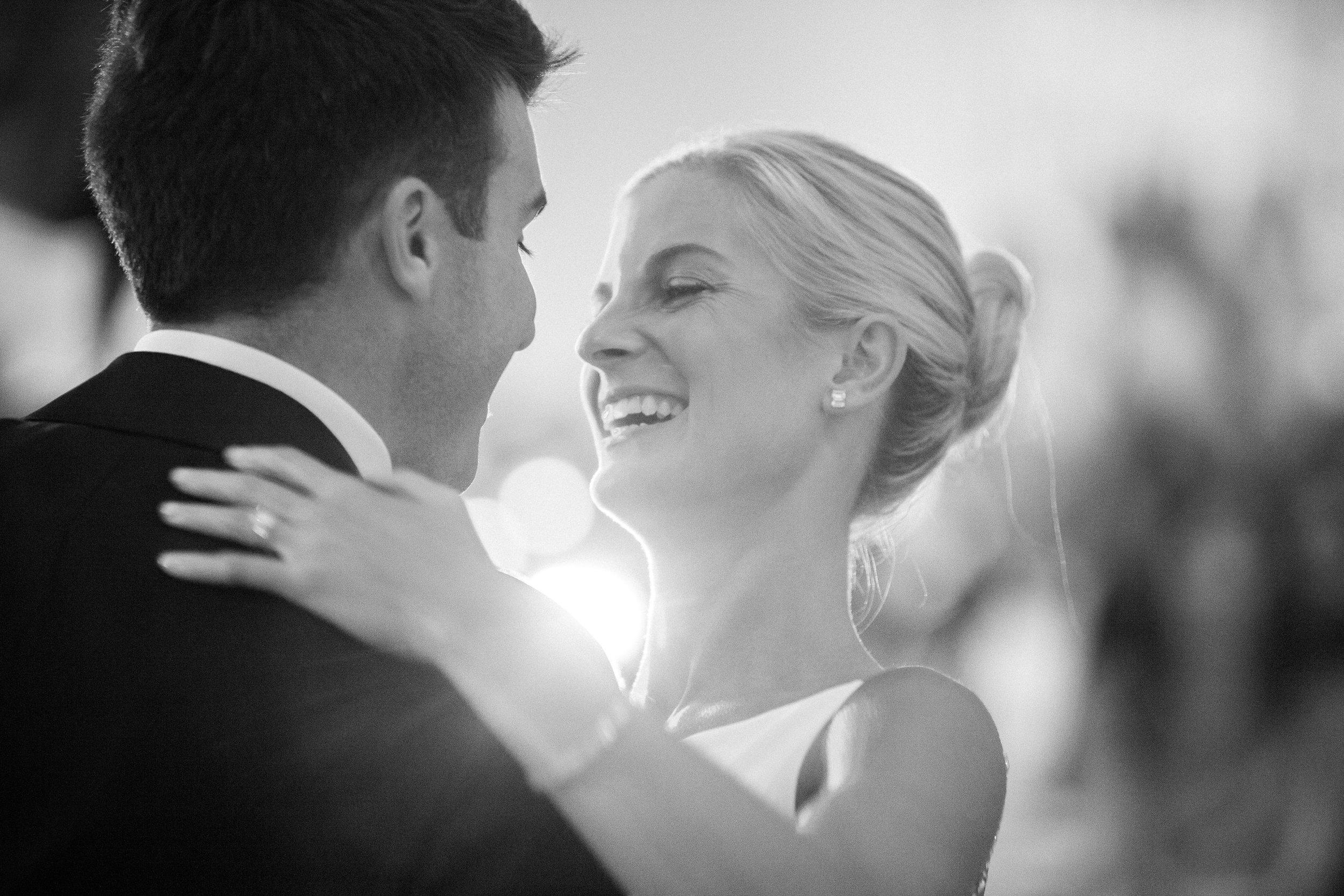 Modern Elegant Cincinnati wedding at The Center. Photo Nathan Peel Photography