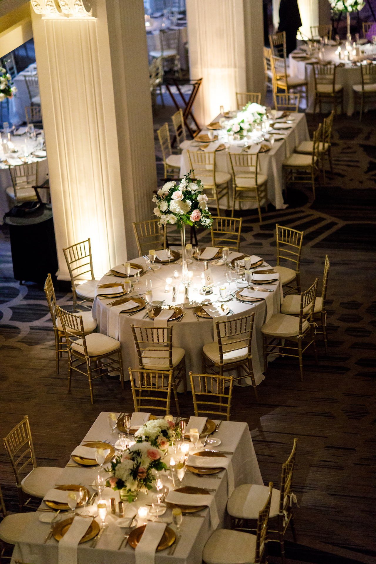 Elegant wedding at The Renaissance Hotel in Cincinnati. Stationery by Poeme